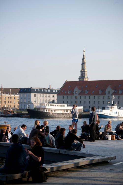 Strassenleben beim Schauspielhaus in Kopenhagen